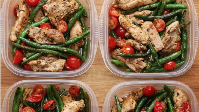 Healthy Pesto Chicken & Vegetables Recipe
