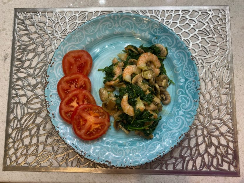 Pesto shrimp with spinach